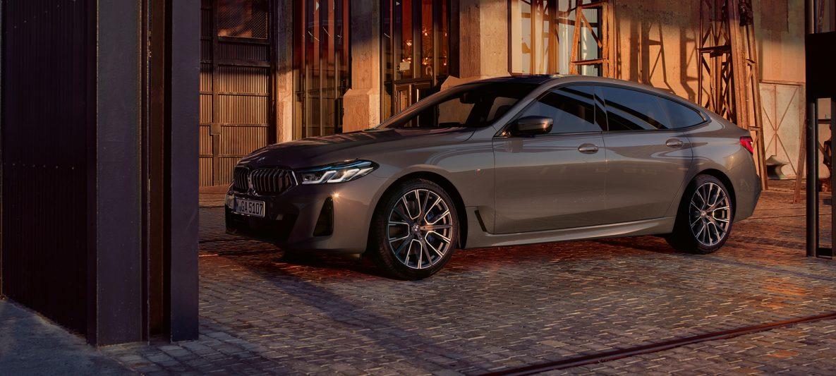BMW 6er Gran Turismo 640i xDrive G32 2020 Berninagrau seitliche Perspektive