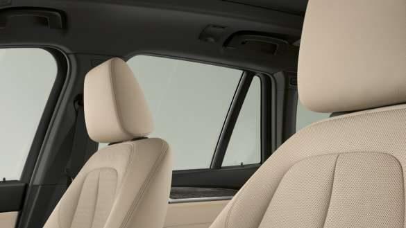 BMW X1 Sitze mit Leder 'Dakota' mit Perforierung   Oyster/Akzent Grau.